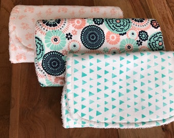 Baby Burp cloth gift set, Organic Burp Cloth,  baby accessories, bib and burping, Baby Girl Burp cloth, Baby shower gift