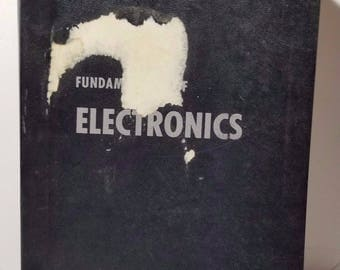 Vintage Fundamentals of Electronics Department of the Air Force 1963