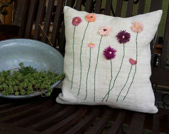 Linen cushion, handgesickes linen pillow with flowers