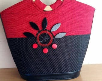 African print bag, Top wood handles,Red and Black bag,Colorful,Afro trends,Leather bottom,Ankara styles,Trending,Handbag,African style,decor