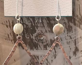 Kendra inspired silver pearl earrings