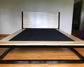 Modern Platform Bed Frame Queen Size