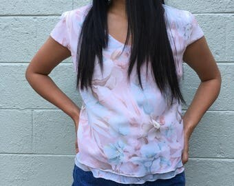 Vintage Pastel Pink Blue Floral Watercolor Print Top Shirt // Size XS-Small