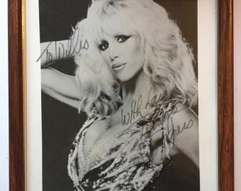 Suzane Somers autographed picture