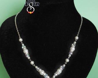 Beaded Bride Jewelry Set, White Pearl Jewelry Set, Bridal Jewelry Set, Wedding Set, Crystal necklace