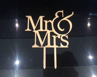 Wedding Cake Topper - Mr & Mrs - Wood Decoration