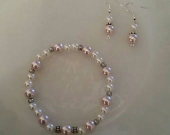 Pearl bracelet and earring set