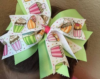 Green 6in Cupcake hair bow with alligator clip