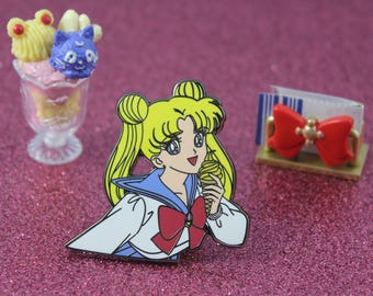 Sailor Moon Usagi Anime Pin
