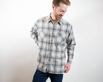Vintage Cotton Flannel Shirt / Deep North Brand Plaid Shirt / Mens Large Size Cream and Blue Checkered Outdoors Shirt / Button up Camper