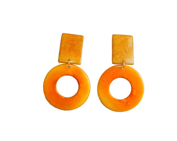 GUCHA EARRINGS