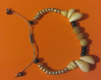 Shells and stones bracelet