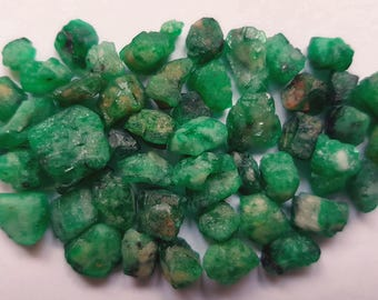 86 Carats Natural Emerald Rough Stones from Swat Pakistan
