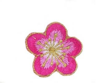 flower Embroidered Iron on Patch VNEM050