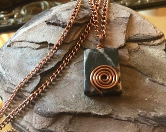 Marble Spiral Pendant Necklace