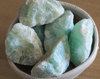 Green Fluorite Crystal, Raw Fluorite Rough, Sea Green Crystals Raw Crystals Like Turquoise Aquamarine Green Calcite Natural Crystal Fluorite