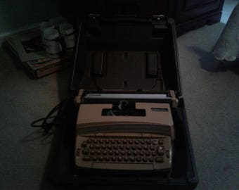1970 Smith-Corona electric typewriter