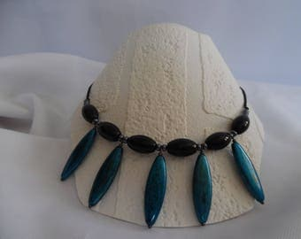 Necklace beads glass and resin, black and blue jean on silk thread.