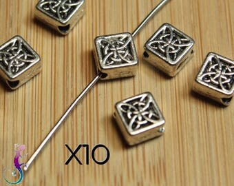 10 square with ethnic pattern in silver metal spacer beads