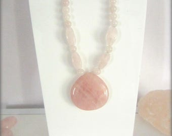 Pearl rose quartz necklace