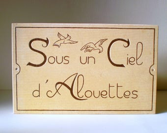 """Wall home decor """"Sous un ciel d Alouettes"""" painted and hand engraved to personalize his home - original Creation"""