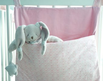 Put blanket - baby-pink bedroom