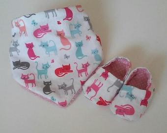Anti bavouilles bib and soft baby booties