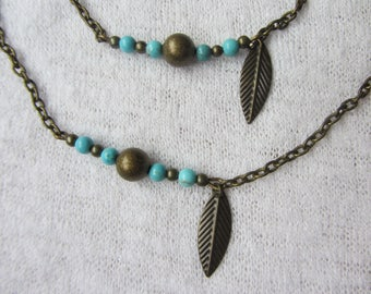 Set the Choker necklace and bracelet with turquoise gemstones beads and bronze metal chain, leaf charm