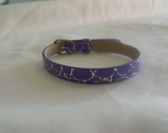faux leather bracelet 22cm in length