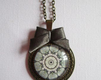 """Kaleidoscope"", bronze cabochon, costume jewelry necklace"