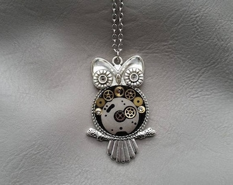 Necklace + pendant OWL Steampunk watch parts and resin