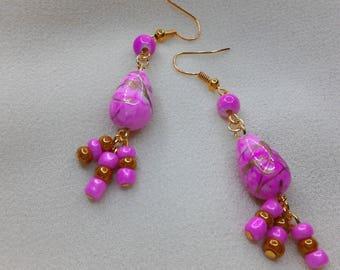 Earrings pink glass and acrylic