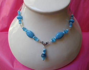 Turquoise blue cat's eye necklace
