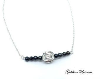Choker necklace in silver and pearls