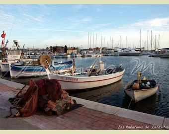 Photo 30X40cm Bandol Port side fishing boats