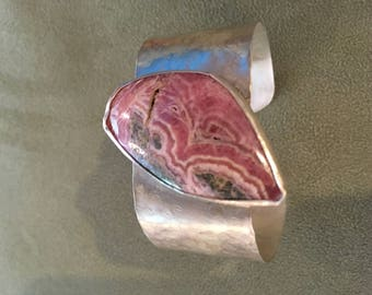 Sterling silver bracelet with pink agate