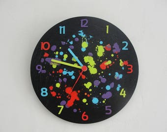 Multicolored deco slate wall clock
