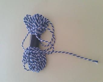 White string / Navy Blue