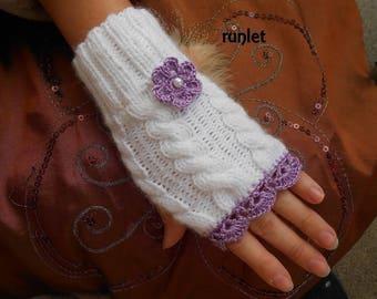 Purple blanche.dentelle, cotton flower wool mittens