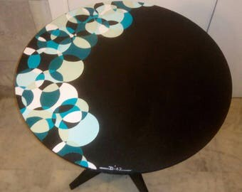Wooden pedestal table 'rosaces' hand-painted