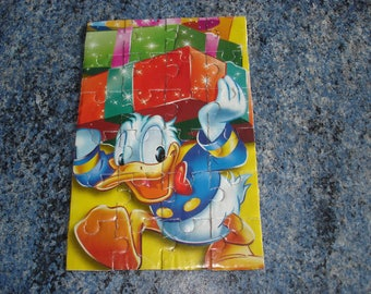 DONALD KIDS CARDBOARD PUZZLE HANDMADE OF 24 PIECES
