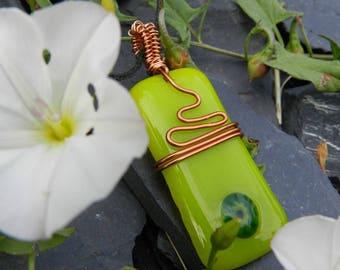 "Pendant ""Alice"" Spring Green fusing"