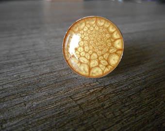 Round silver ring adjustable cabochon Buttercup yellow gold