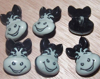 Set of six buttons with grey wind foot