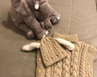 Hat and poncho set
