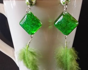 Earrings feathers green pendentive