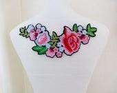 Applique patch, écusson, fleurs, thermocollant, style broderie, couture, customisation