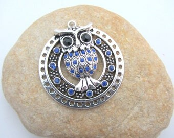Big pendant, round pendant, owl, owl pendant,owl jewelry making, blue pendant