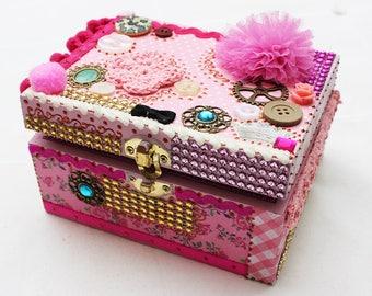 Babylon Pink jewelry box