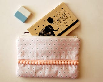 Padded clutch bag pink patterned with stars